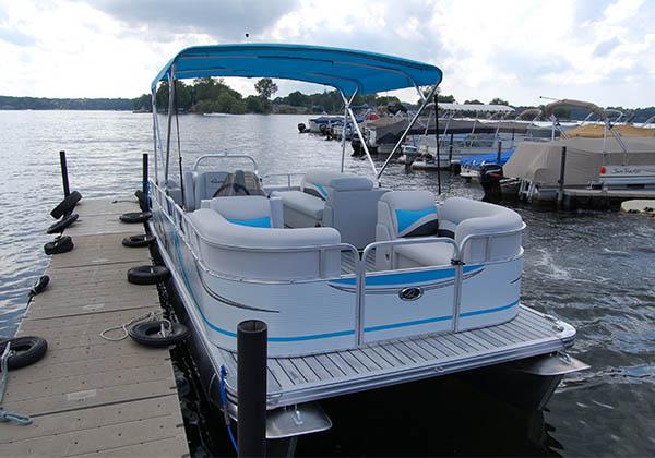 Pontoon boat ready to load at Pine Lake Marina